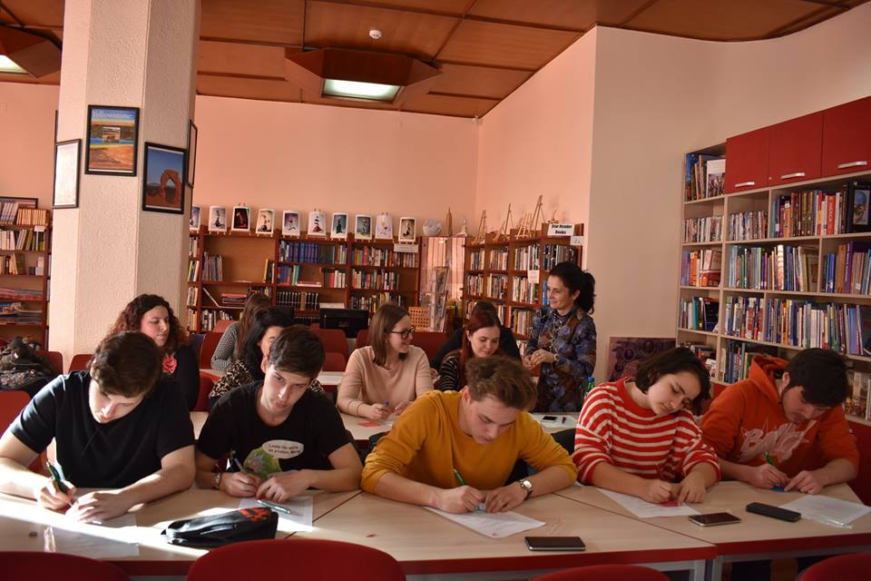 1 Studenti workshop American Corner